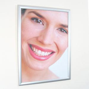 Snap Shut Poster Frame